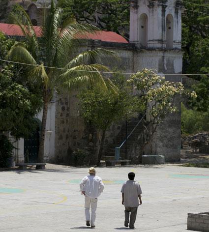 Ansley Coale & Don Eduardo in Santa Ana del Rio